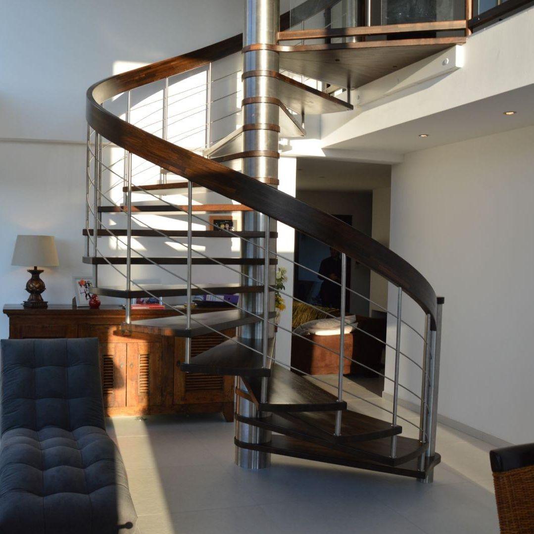 Ajouter Des Contre Marche Escalier escalier en colimaçon / structure en métal / marche en bois
