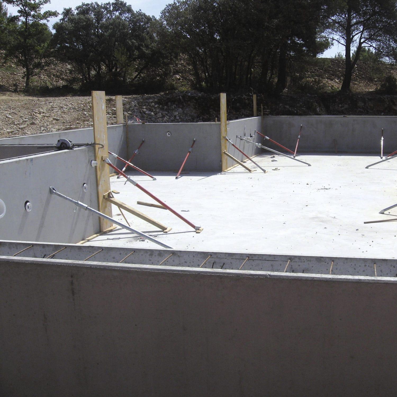 Bassin Hors Sol Parpaing béton autoplaçant / pour coffrage / pour bassin / murs