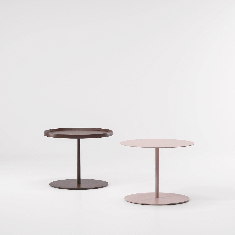 Table d\'appoint contemporaine / en aluminium laqué / ronde ...