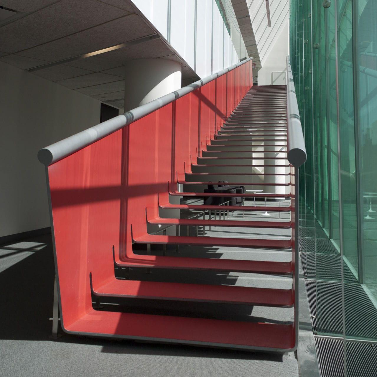 Rampe D Escalier Traduction Anglais escalier droit / structure en métal / marche en métal / sans