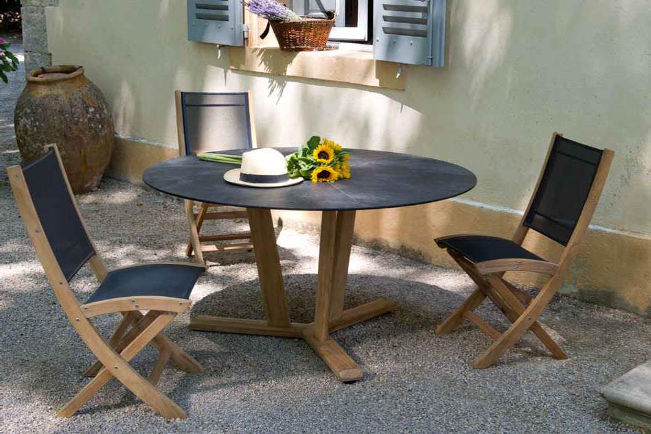 table contemporaine / en teck / ronde / de jardin