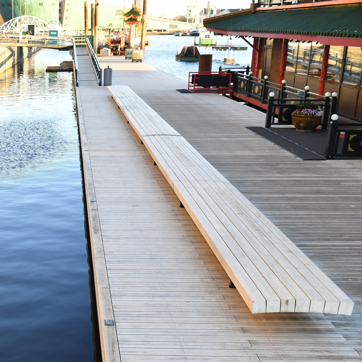 Lame De Terrasse En Bois Professionnelle Floating Jetty
