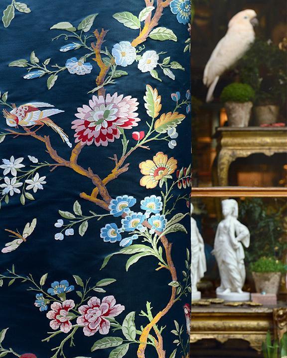 Tissu d\'ameublement / pour rideaux / mural / à fleurs ...