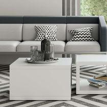 Table basse contemporaine / en bois / avec piètement en bois / rectangulaire