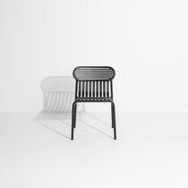 Chaise de jardin contemporaine / empilable / en aluminium / noire