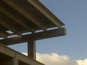 poutre plate / en béton précontraint / à double T / de toiture