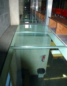 dalle de plancher en verre / pour plancher à poutrelles / pour bâtiments