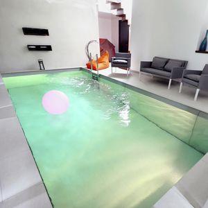 fond mobile pour piscine