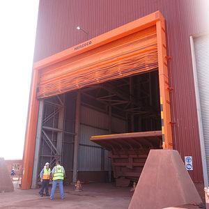 portes industrielles pliantes