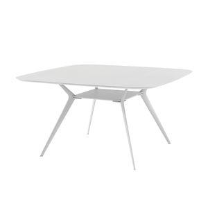 table contemporaine / en chêne / en plaqué bois / en MDF laqué