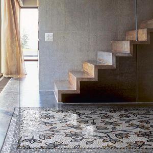 mosaïque d'intérieur / au sol / en verre / en marbre