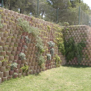 bloc de béton creux / décoratif / pour mur de soutènement / acoustique
