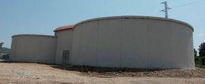 cuve aérienne / préfabriquée / de stockage d'eau / en béton armé