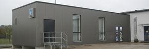 bâtiment modulaire / temporaire / sur remorque / en acier