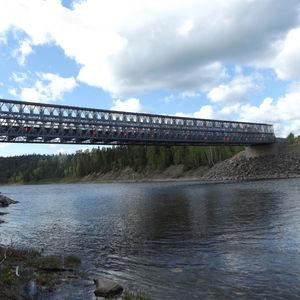 pont à treillis / en acier galvanisé / préfabriqué / modulaire