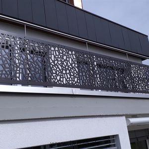 balcon à panneaux