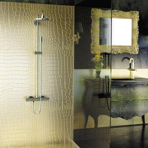 panneau décoratif de revêtement / en résine / en Solid Surface / pour salle de bain