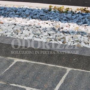bordure de jardin / de trottoir / en porphyre / linéaire