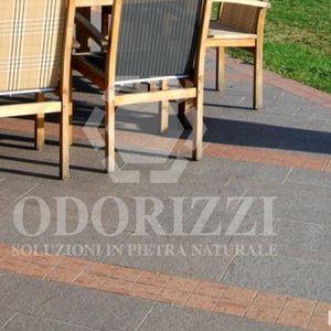 bordure pour trottoir / de séparation / en porphyre / linéaire