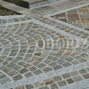 pavé en granit / antidérapant / d'extérieur