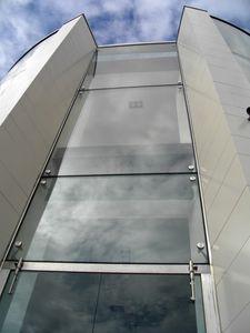 mur-rideau en verre / en acier / en acier inoxydable / miroir