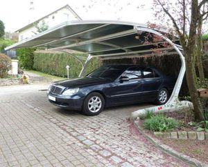 abri de voiture en acier / en aluminium / en acier zingué / en polyester renforcé de fibres de verre