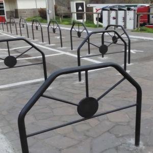 barrière de protection / routière / de parking / de foule