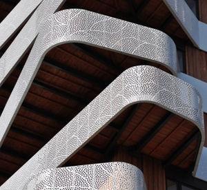 panneau de revêtement / en métal / pour bardage / pour mur-rideau