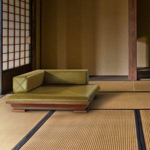 fauteuil contemporain / en cuir / en chêne / en noyer