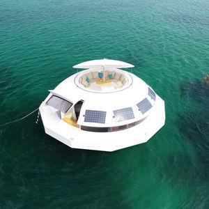 micro-maison flottante