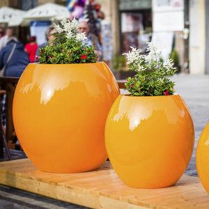 pot de jardin en composite / rond / résidentiel / pour espace public
