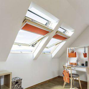 fenêtre de toit à pivot / en bois / à double vitrage / à coupure thermique