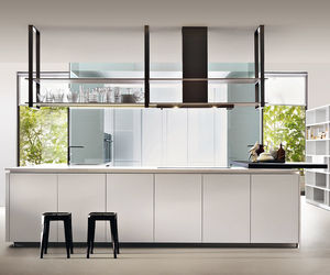 cuisine contemporaine / en Fenix NTM® / en Corian® / en polyester