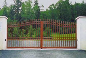Portail battant - TRADITION : DIOTIS - Horizal - en aluminium / à barreaudage / résidentiel