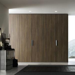 armoire contemporaine / en chêne / en noyer / en pin