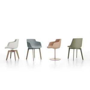 chaise contemporaine / tapissée / avec accoudoirs / pivotante