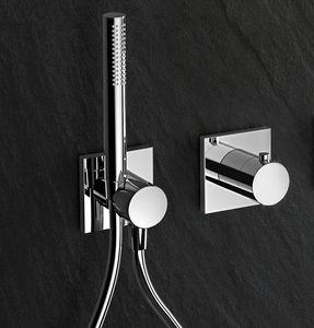set de douche mural / contemporain / pour hôtel / pour hôpital
