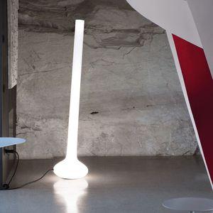lampe sur pied / contemporaine / en polyéthylène / en silicone