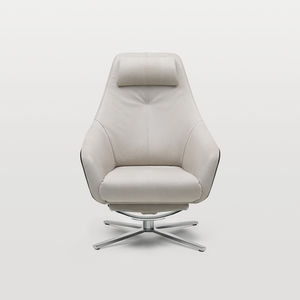 fauteuil contemporain / en cuir / avec repose-pieds / piètement étoile