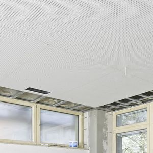 plaque de plâtre acoustique / rectangulaire / pour faux-plafond / perforé