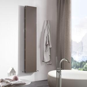 radiateur à eau chaude / en métal / contemporain / de salle de bain