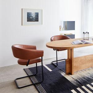 Chaise cantilever Tous les fabricants de l'architecture et