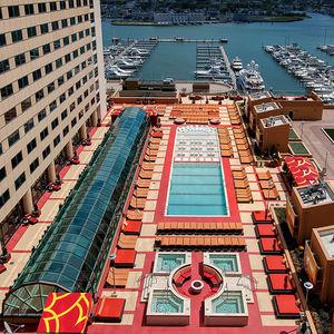 piscine-spa multiplace