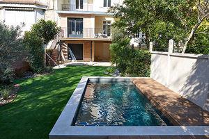 piscine semi-enterrée / en bois / en ardoise / sur mesure