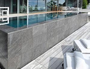 piscine semi-enterrée / en bois / en pierre / en inox