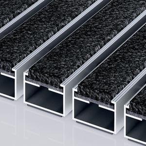 tapis d'entrée pour établissement public / en polyamide / en aluminium / antisalissure