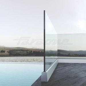 garde-corps en verre / en aluminium / à panneaux en verre / d'extérieur