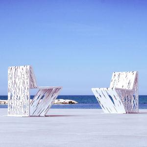 chaise contemporaine / en acier galvanisé / en acier COR-TEN® / d'extérieur