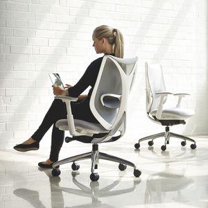 fauteuil de bureau contemporain / en résille / à roulettes / avec accoudoirs
