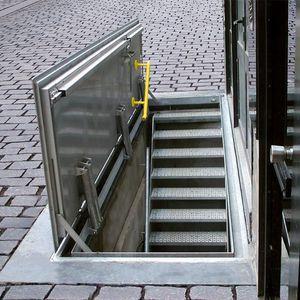 trappe d'accès pour sol